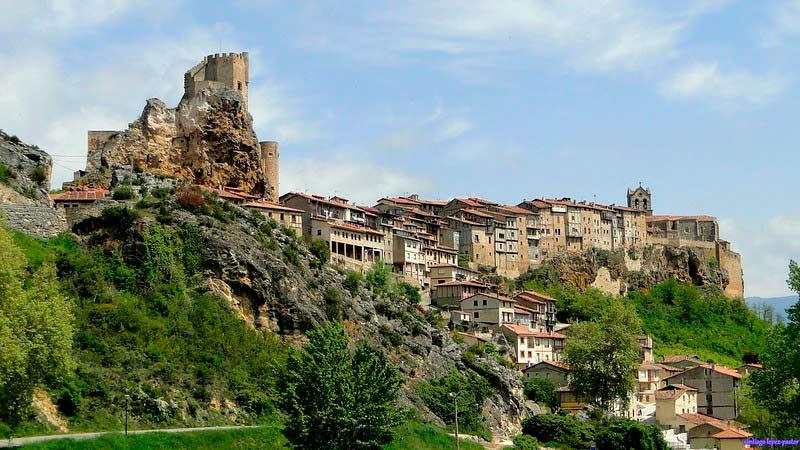 Frías. Pueblo medieval de la provincia de Burgos.